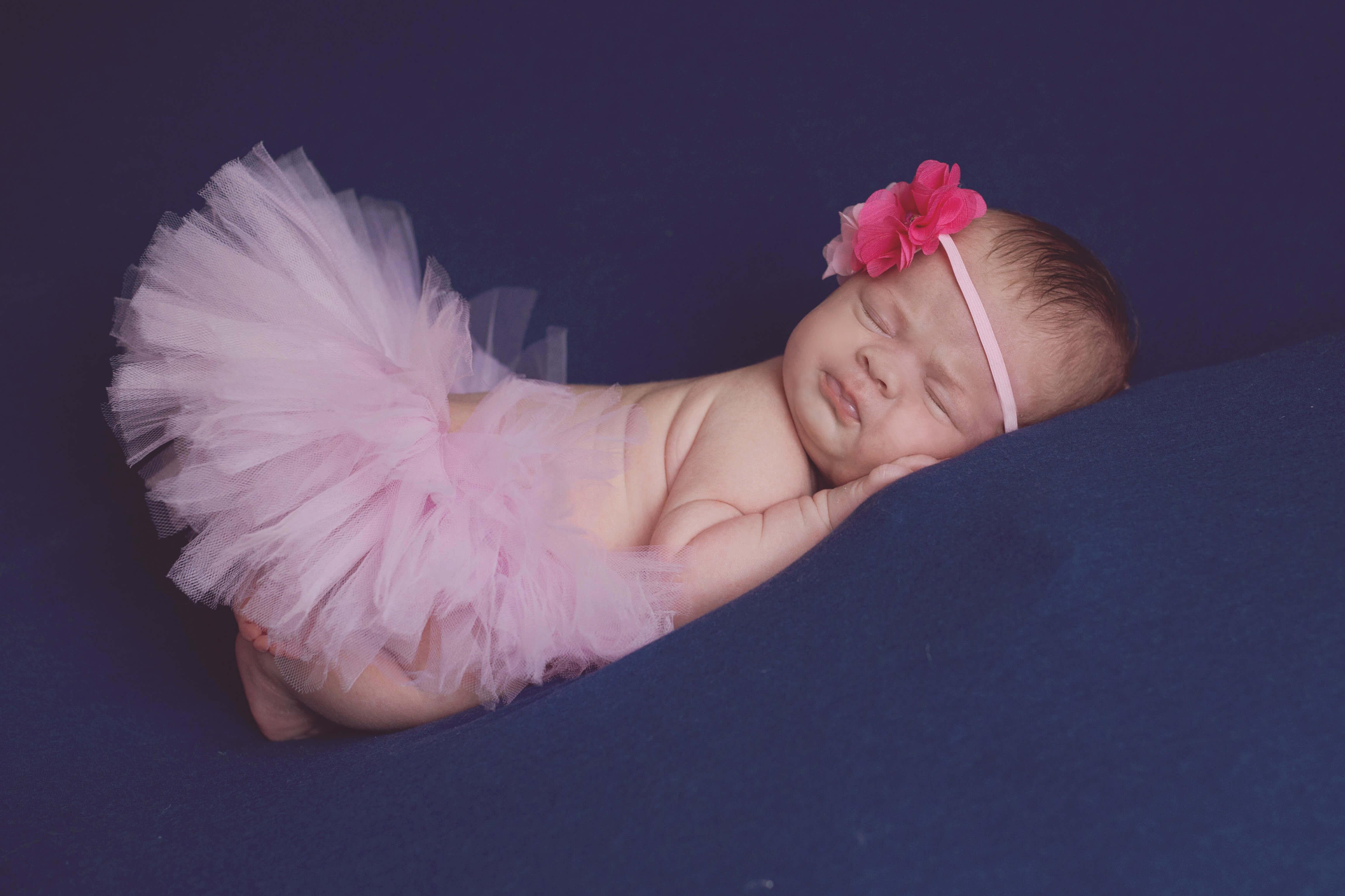 photo bébé, petite fille en tutu rose, photographe troyes