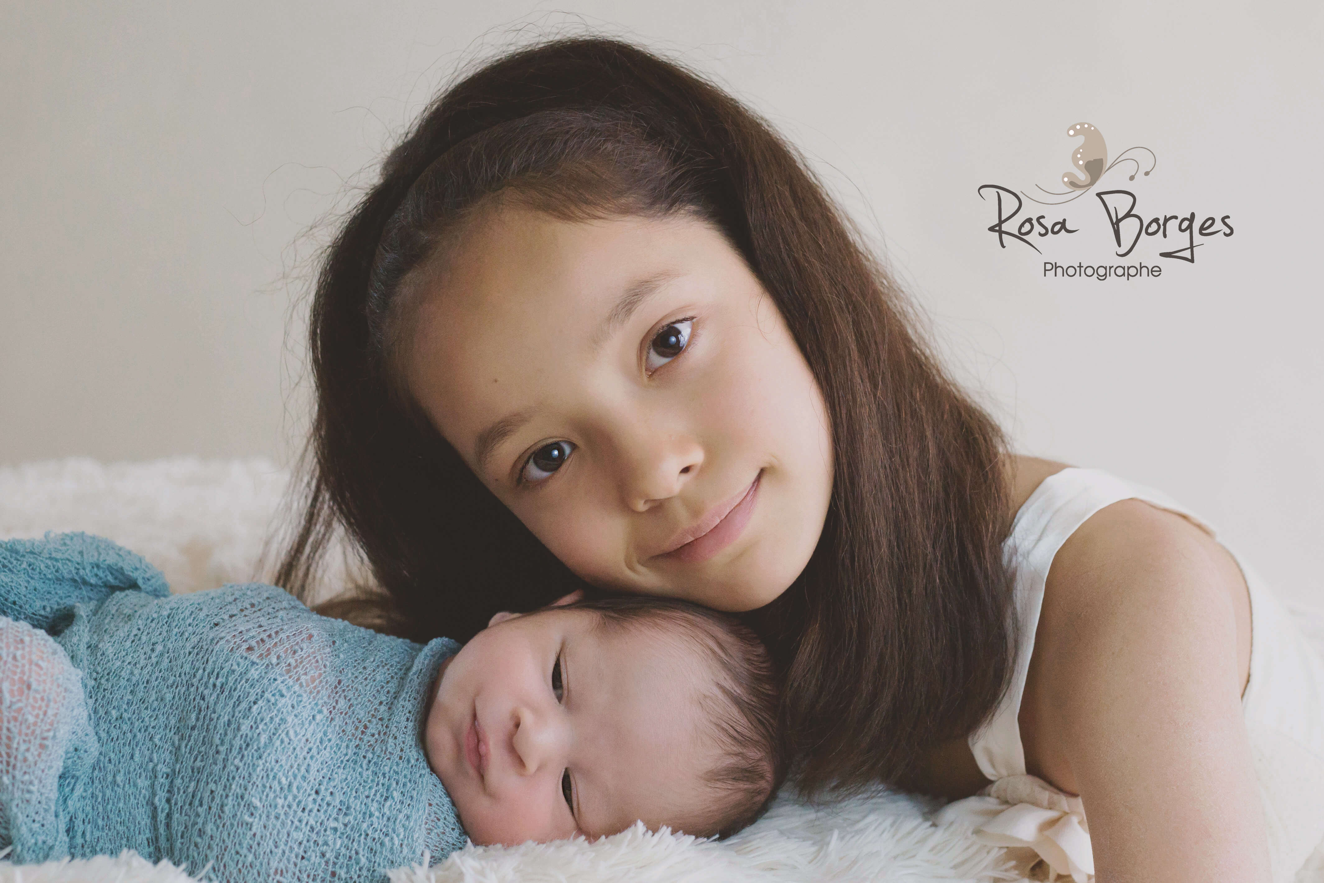 photo de naissance, frère et soeur, photographe troyes